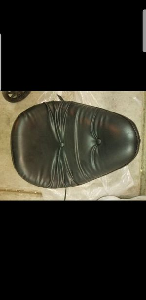 Harley Davidson 1984-1999 Softail Standard Le Pera Front Driver Seat!!! for Sale in Las Vegas, NV