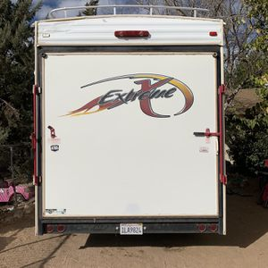 2005 Extreme Toyhauler for Sale in Hesperia, CA