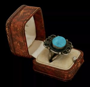 "Antique Vintage Sterling Coin Silver Native Navajo Pawn Turquoise Ring Sz 5.25 8.2 Grams | .97"" L .79"" W 
