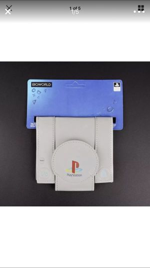 Bioworld classic grey PlayStation men's bifold wallet Sony PS1 for Sale in Miami, FL