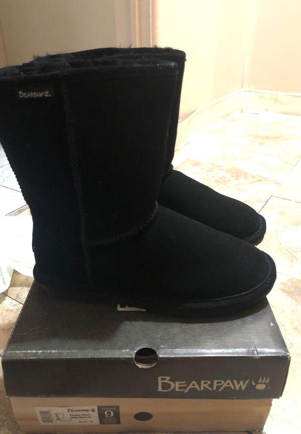 Boots size 9 women
