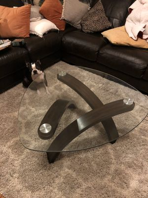 Glass Top Coffee Table (Great Condition) for Sale in Raleigh, NC