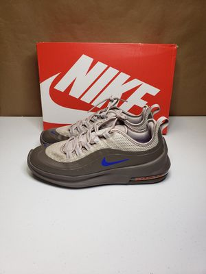 Nike Air Max Axis men's size 7.5 for Sale in Houston, TX