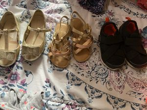 Size 8 girls shoes for Sale in Walnut, CA