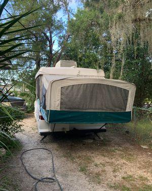 1997 pop-up camper by Coleman for Sale in Orlando, FL