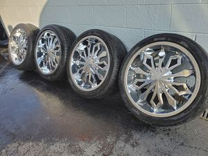 245 40 20. 5x114.3 5x120 for Sale in Downers Grove, IL