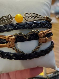 Brown Heart Bracelet for Sale in Wenatchee,  WA