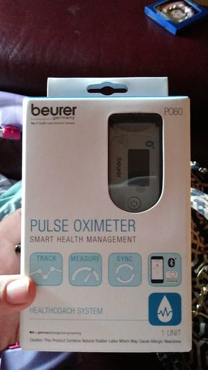 Pulse OXIMETER SMART HEALTH MANAGEMENT for Sale in Sacramento, CA