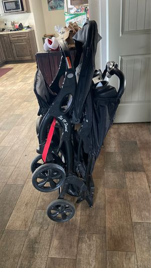 Sit N stand BabyTrend double stroller for Sale in Phoenix, AZ
