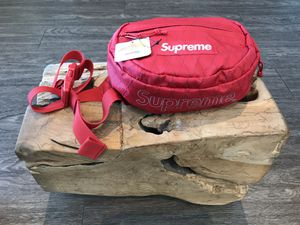 Supreme@ Waist Bag (FW18) for Sale in Los Angeles, CA