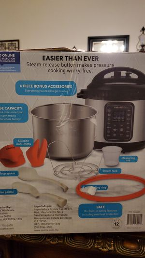 Instant pot Duo Gourmet Multi- Use Pressure Cooker One pot Meals in Minutes. 6 QUART. Serves Up to 6 NEW for Sale in Bakersfield, CA