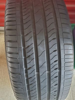 2014 Ford Taurus Factory Rim & 4 Fresh tires for Sale in Washington, DC