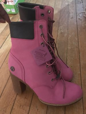 Breast cancer awareness hot pink timbs for Sale in Milwaukee, WI