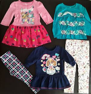 Lot of clothes for toddler girl size 3T for Sale in Phoenix, AZ