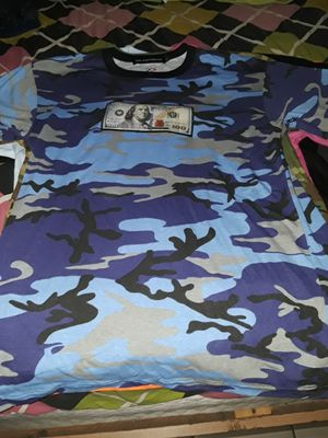 Blue camo 100 Money Logo shirt L for Sale in Plant City, FL