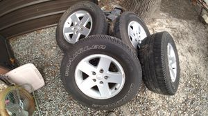 Jeep wheels 5 bolt 4.75 pattern. 255 75 R17 for Sale in Richmond, VA