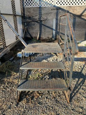 Stairs and landing for trailer for Sale in San Martin, CA