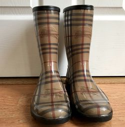 Burberry Rubber Boots for Sale in Raleigh,  NC