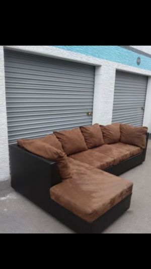 Comfortable sectional couch, dark brown for Sale in Phoenix, AZ