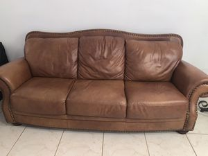 Sofa and loveseat for Sale in Miami, FL