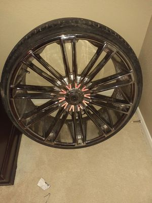 """Universal Chevy rims 26"""" for Sale in Houston, TX"""