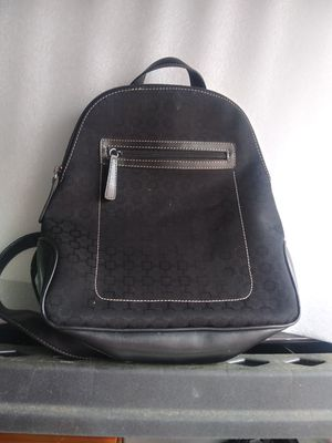 Nine West black backpack type purse for Sale in Columbus, OH