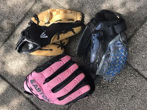 Baseball gloves for Sale in NW PRT RCHY, FL