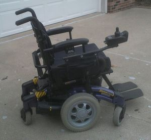 Storm 3 power wheelchair for Sale in Peoria, IL