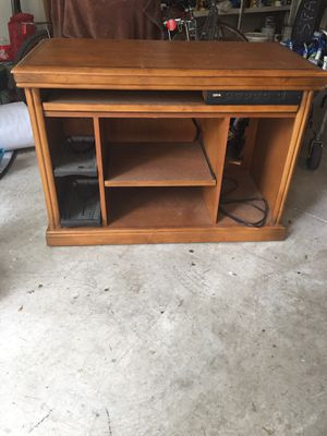 Desk / with surge protector/ pull out shelf for Sale in Tahoe City, CA
