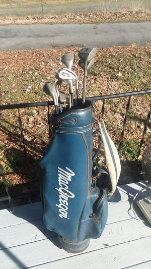 Golf clubs with bag. $10. Obo for Sale in King, NC