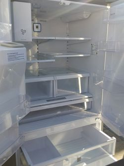 Like New Kenmore Refrigerator French Door Stainless Steel for Sale in Downey,  CA