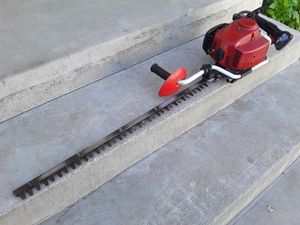 Shindawa Commercial Bush Trimmer for Sale in Riverside, CA