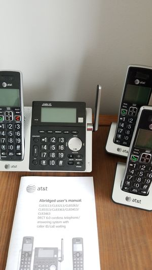 AT&T 6.0 cordless telephone answering system with caller ID and call waiting for Sale in Algonquin, IL