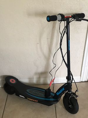 Razor electric scooter for Sale in Houston, TX