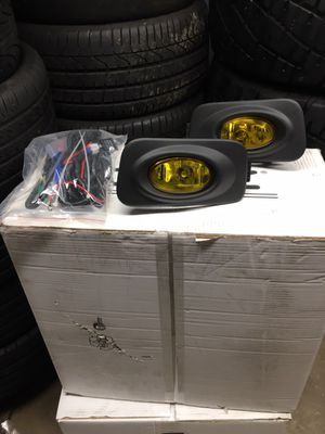 New Acura TSX 04-05 fogs lights kit amber (yellow) for Sale in San Diego, CA
