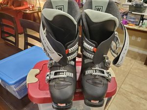 SALOMAN PERFORMA womens ski boot for Sale in Temecula, CA