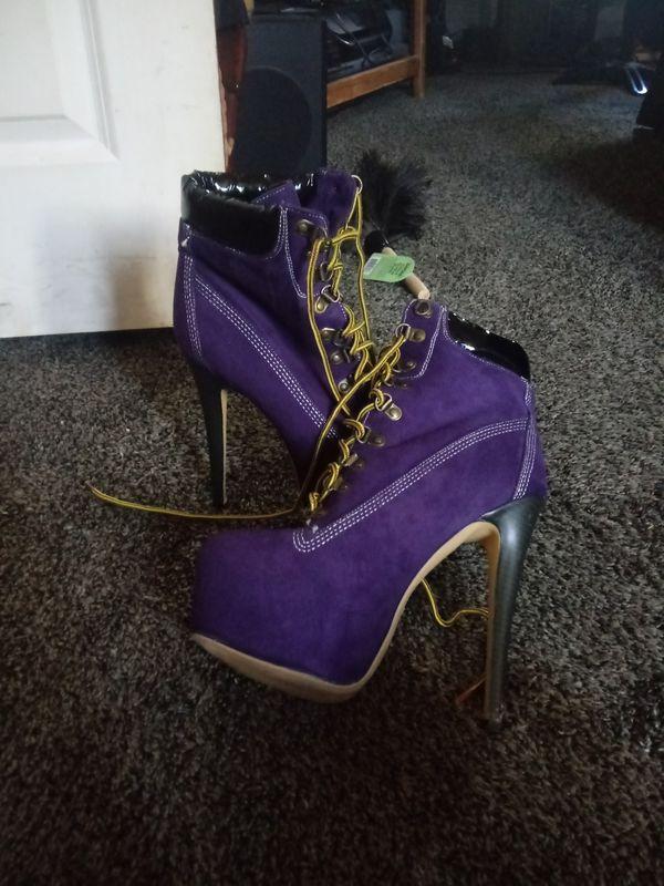 High heels purple combat boots