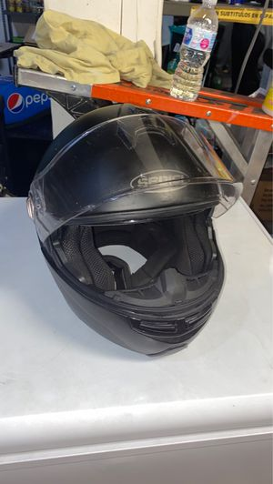 Motorbike Helmet XL Barely used BLUTOOTH AND MIC for Sale in Miami, FL