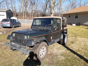 1995 jeep wrangler 4.0L for Sale in Indianapolis, IN