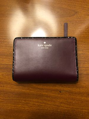 Kate spade tellie wallet in deep plum for Sale in Mount Airy, MD