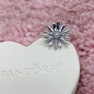 Flower Pandora Ring Size 54EU/7US for Sale in Park City, IL