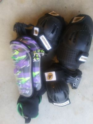 Skate or bike pads set for Sale in York, PA