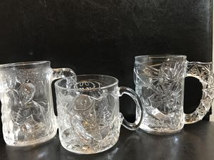 Batman and Robin / McDonald's Collectible Glass Cups Circa 1995 Batman Forever for Sale in Euclid, OH