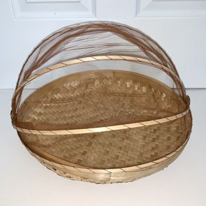 3 PC Bamboo Tent Basket Hand-Woven Tray Serving Food Picnic Screen Net Cover. for Sale in Hayward, CA