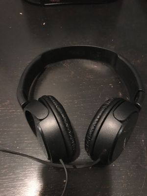 Sony black headphones for Sale in Fort Lauderdale, FL
