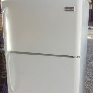 Clean Fridge $179 60Days Guaranteed! for Sale in Modesto, CA