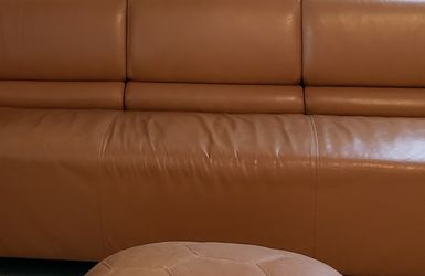 Free Leather Couch for Sale in Tarpon Springs,  FL
