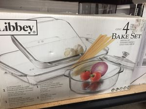 Glass food containers bakeware for Sale in Rancho Dominguez, CA