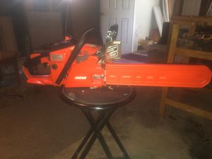 Echo chainsaw cs-370 for Sale in Newport News, VA