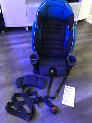 Evenflo Maestro Sport Harness Booster Car Seat thunder for Sale in San Diego, CA
